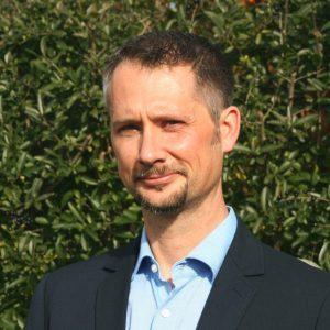 Dr. Michael Suhre